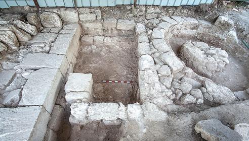 """הממצא הארכיאולוגי החדש בבית שערים (צילום: ד""""ר עדי ארליך)"""