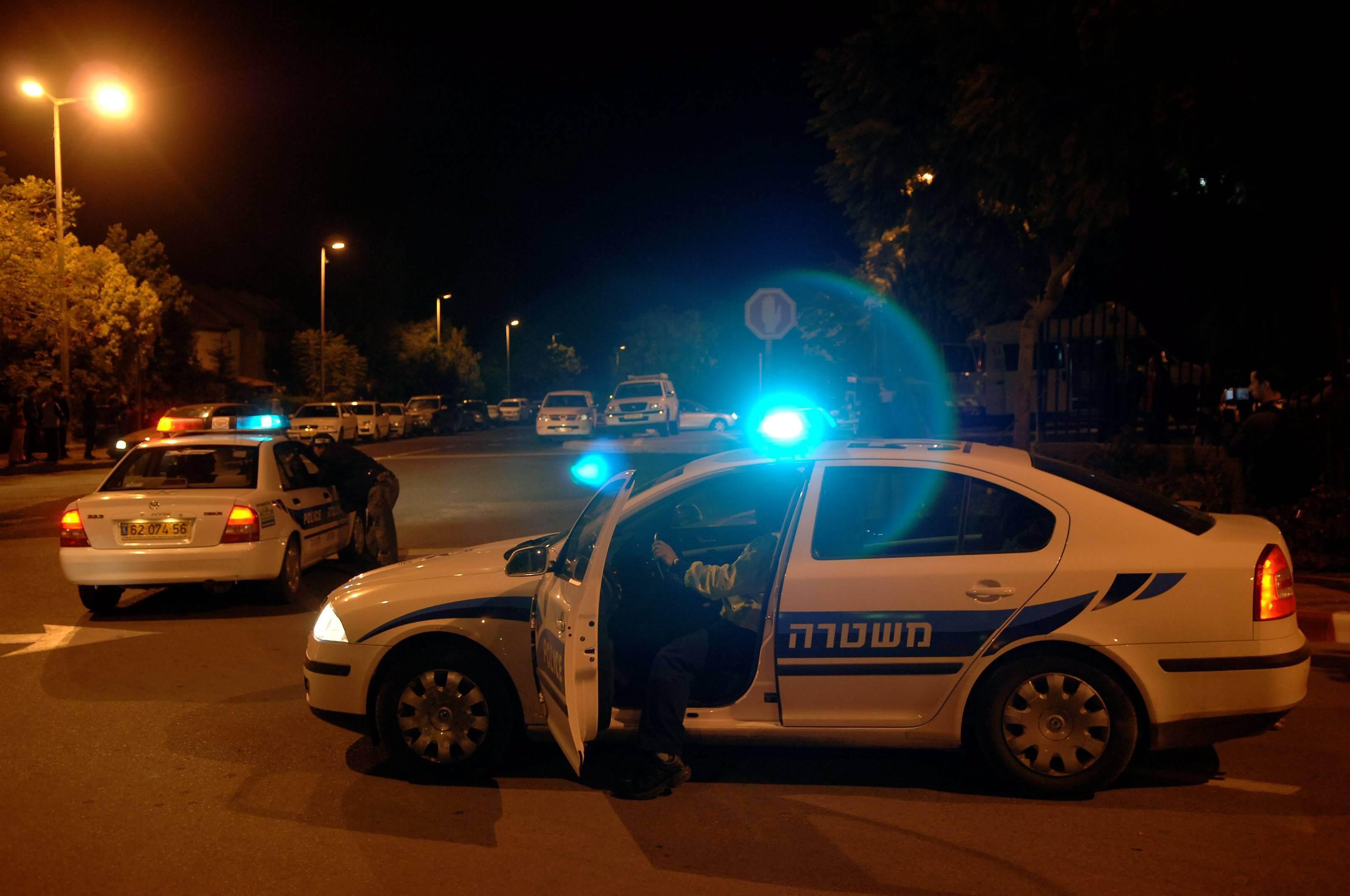 המשטרה בפעולה. החשוד נעצר (צילום: ירון קמינסקי)