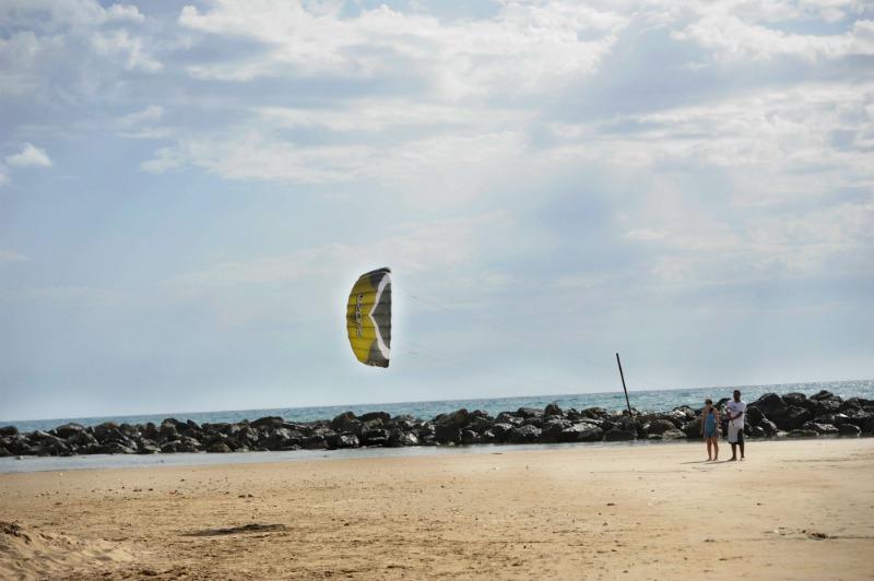 חוף הכרמל (צילום: עבדאללה שמא)
