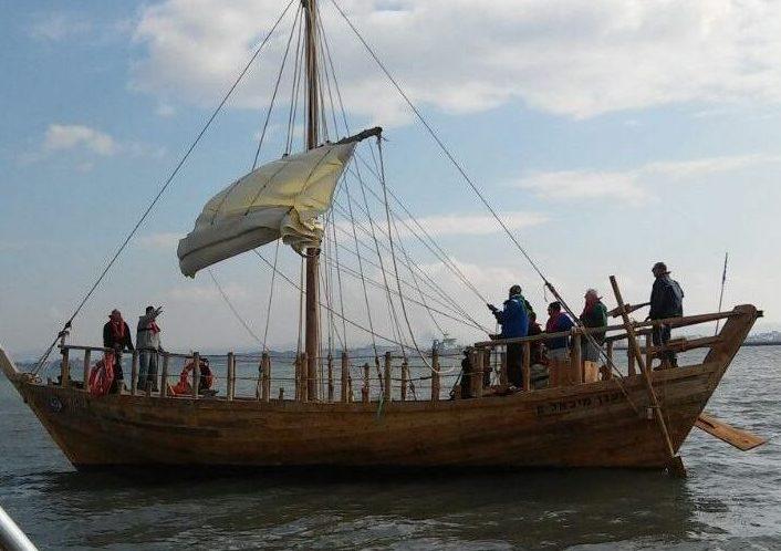 רפליקת הספינה ממעגן מיכאל (צילום: דוברות אוניברסיטת חיפה)