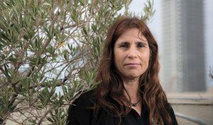 """מנכ""""לית החברה להגנת הטבע איריס האן (צילום: תומר אפלבאום)"""