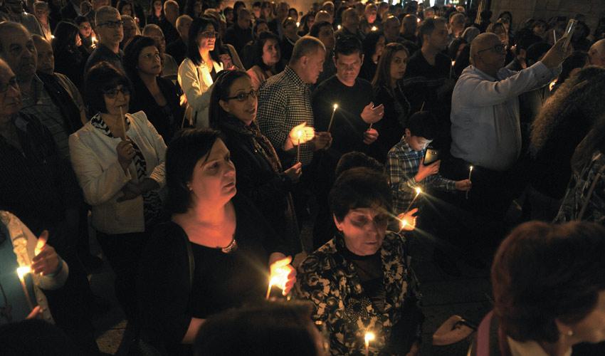 תפילה לזכר ההרוגים בפיגועים במצרים (צילום: רמי שלוש)