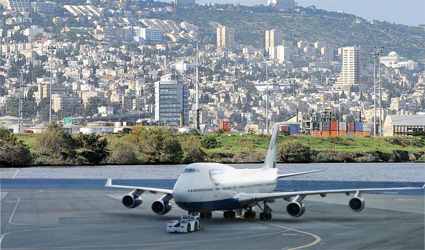 שדה תעופה בחיפה (צילומים: ירון צור לביא, א.ס.א.פ קריאייטיב/INGIMAGE, עיבוד תמונה: אביב מלכי)