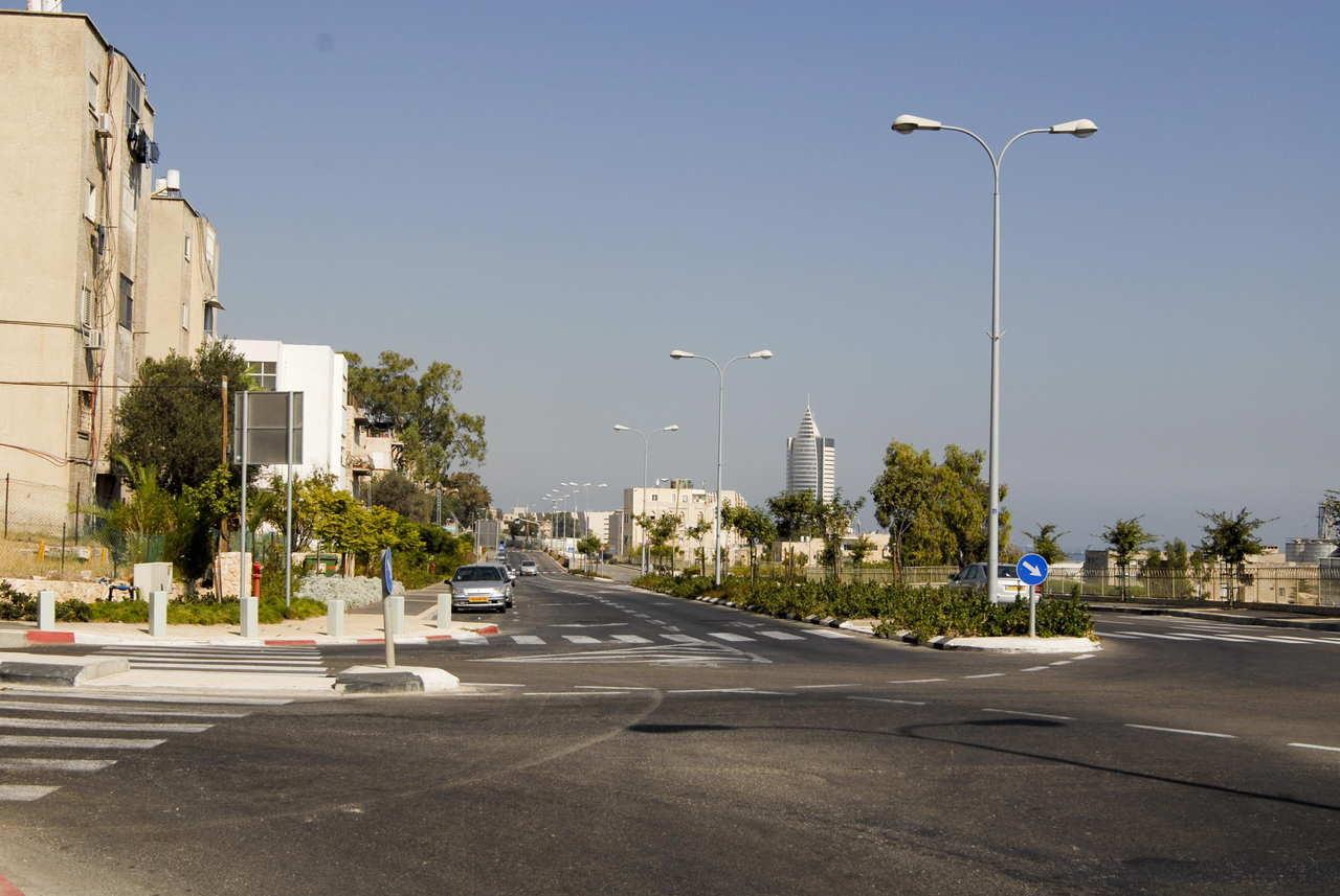 רחוב אבן גבירול בחיפה (צילום: חגי פריד)