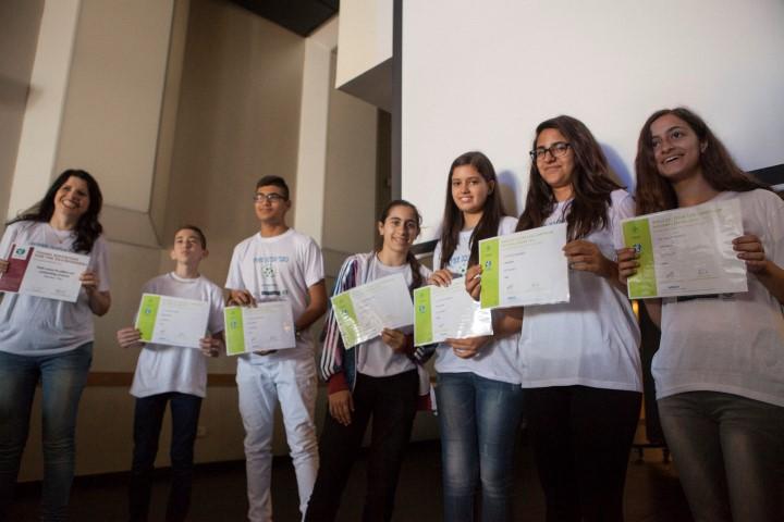 """הזוכים בתחרות ממרכז המצטיינים והמחוננים באלמותנבי (צילום: יח""""צ)"""