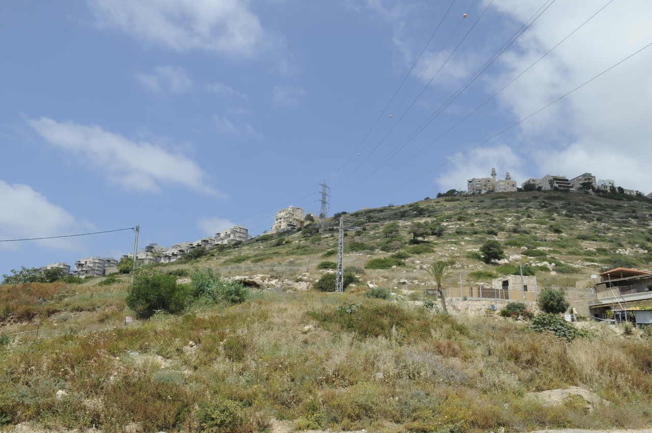 השטח בין כבביר לנוה דוד (צילום: רמי שלוש)