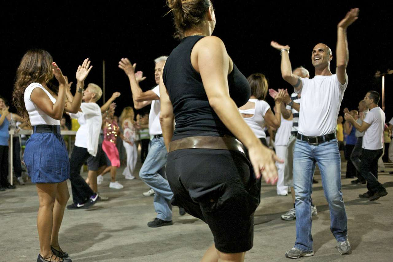 ריקודי עם (צילום: ניר כפרי)