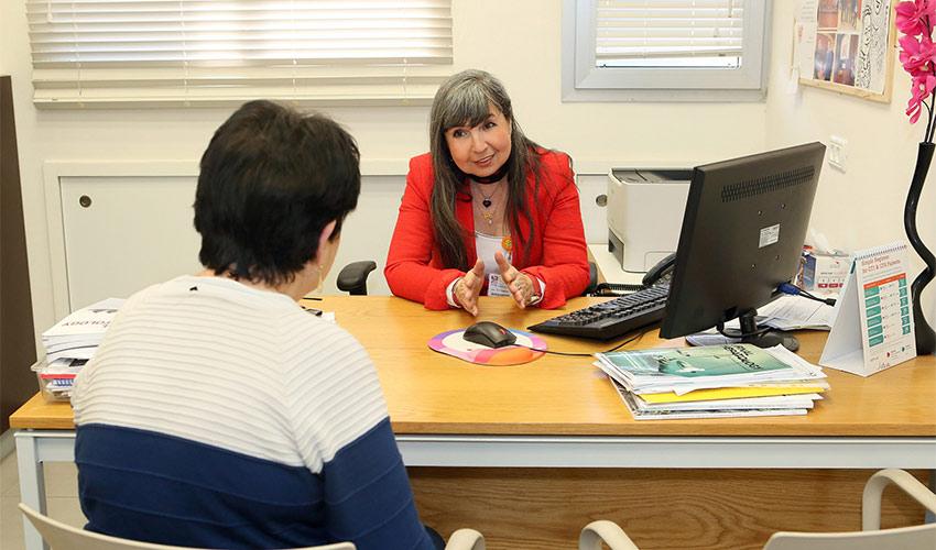 """ד""""ר אלה וייצמן, מנהלת המרכז למחלות כבד ברמב""""ם (צילום: פיוטר פליטר)"""