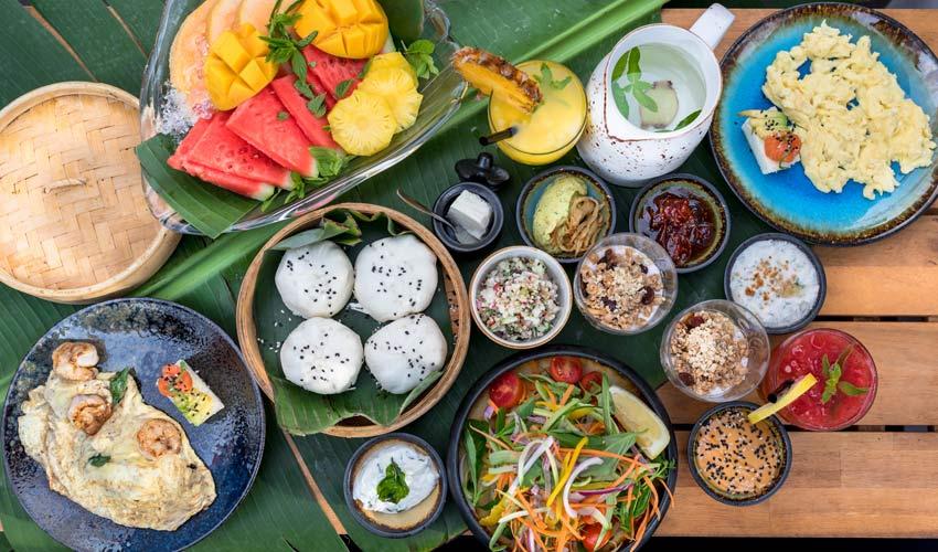 ארוחת בוקר ב-ZOZOMAMA . בול כמו בתאילנד (צילום: ישראל אלפסה)