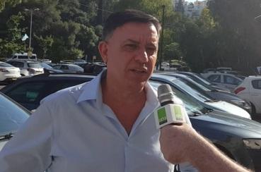 אבי גבאי בפריימריז בחיפה (צילום: בועז כהן)
