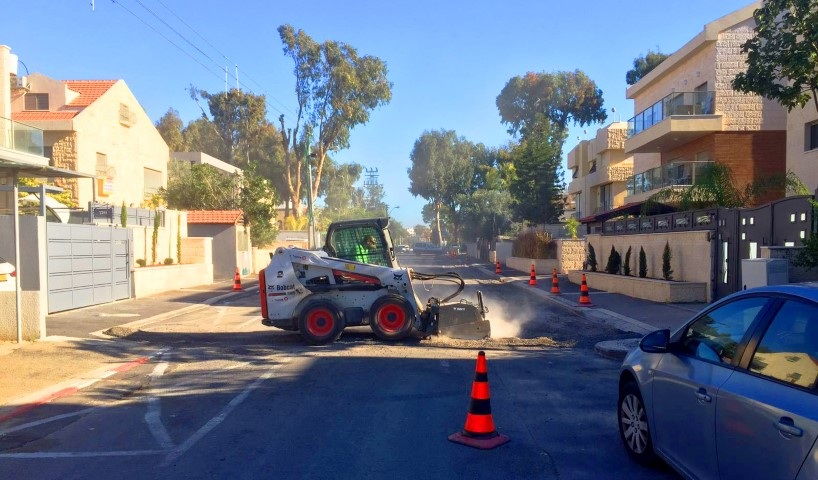 שיקום רחוב בקרית חיים (צילום: דוברות עיריית חיפה)