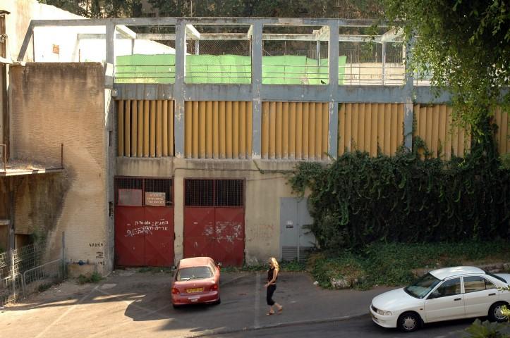 מבנה בריכת הפועל (צילום: אסף אורן)
