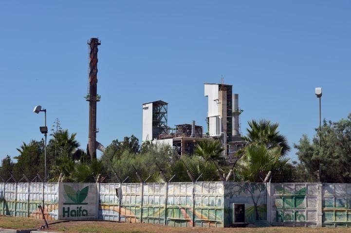חיפה כימיקלים. שיחזירו את המפעל לציבור (צילום: גיל אליהו)