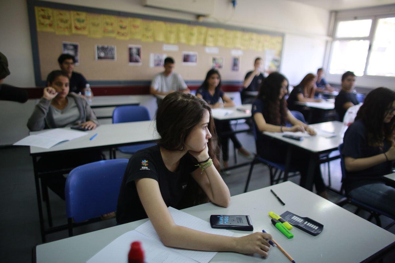 מבחן בבית ספר (צילום: דניאל בר און)