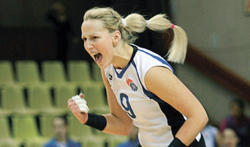 נטלי נזרובה. השתתפה בכמה קמפיינים בצ'מפיונס ליג (צילום: אתר איגוד הכדורעף הרוסי)