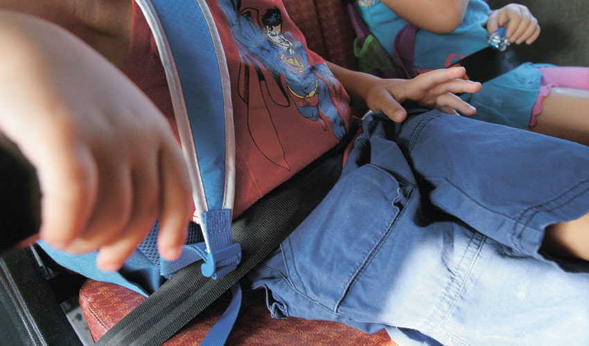 הסעת ילדים (צילום: דודו בכר)