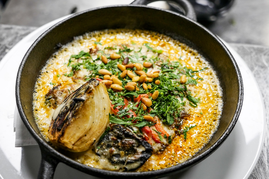 רולא. מנות שנאמנות למטבח הערבי (צילום: יוסי ויינר)
