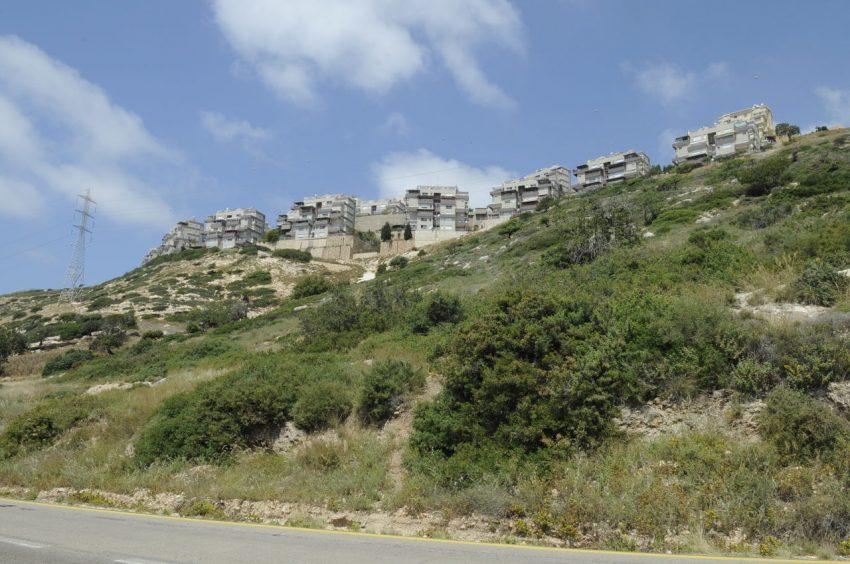 השטח שעליו מתוכנן להיסלל כביש כבביר-נוה דוד (צילום: רמי שלוש)