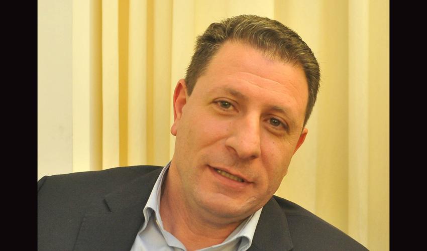 גזבר עיריית חיפה ג'אקי ואקים (צילום: אדיר נמרוד כץ)