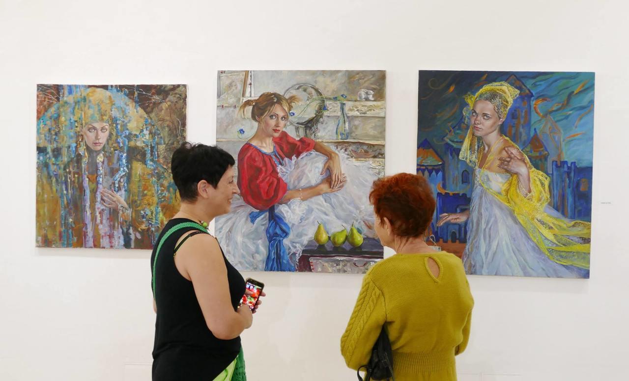 """תערוכת העולים בבית האמנים ע""""ש שאגאל (צילום: נטליה פינסקי)"""