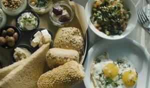 ארוחת בוקר בנירוונה פרש קיטשן (צילום: מאור כהן)