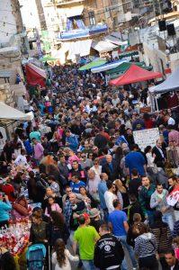 """אלפי המבקרים בפסטיבל """"החג של החגים"""" (צילום: בית הגפן)"""