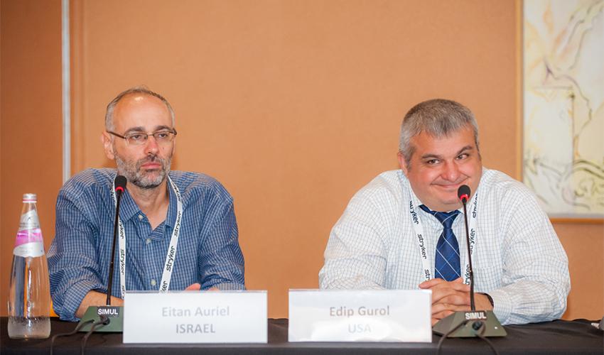 """ד""""ר איתן אוריאל (משמאל) ופרופ' אדיפ גורול (צילום: אלי דדון)"""