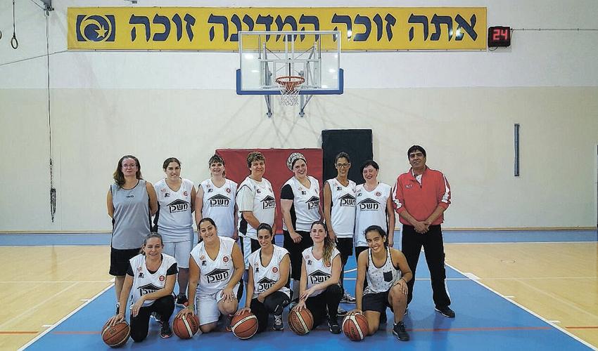 קבוצת הנשים של הפועל נוה שאנן. מהשנה הבאה במסגרת תחרותית