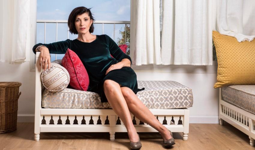 """הסופרת רונית מטלון ז""""ל (צילום: איליה מלניקוב)"""