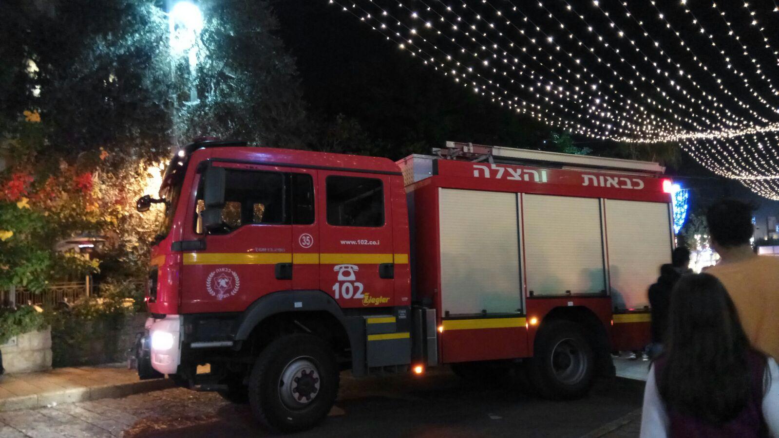 שריפה במסעדת פאטוש במושבה הגרמנית (צילום: אלה אהרונוב)