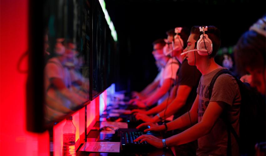 """תחרות ספורט אלקטרוני (צילום: יח""""צ)"""