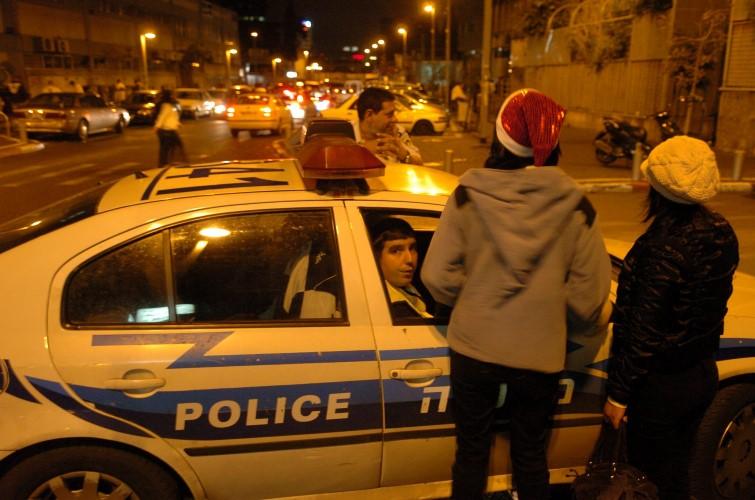 פעילות משטרתית בסילבסטר (צילום: מוטי קמחי)