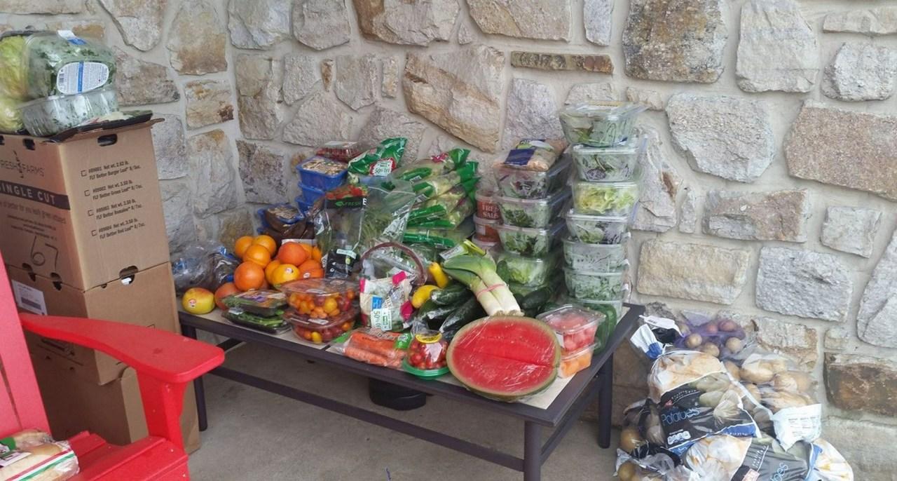 מזון מפח הזבל (צילום: סם טרויר)
