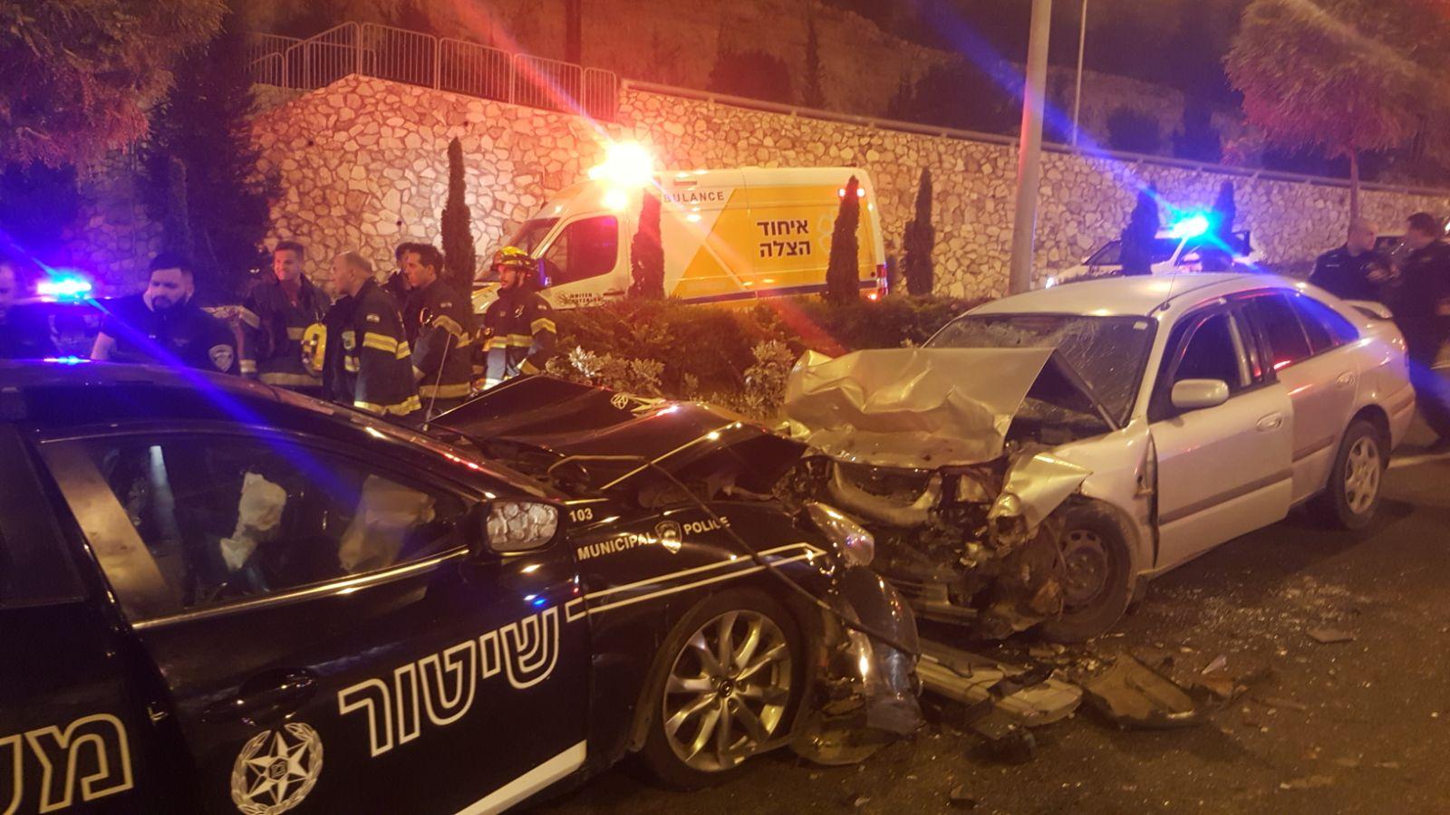התאונה בכביש נחל גיבורים (צילום: דוברות איחוד הצלה כרמל)