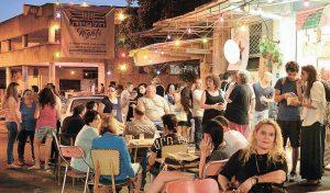 חיי לילה בשוק תלפיות (צילום: צבי רוגר)