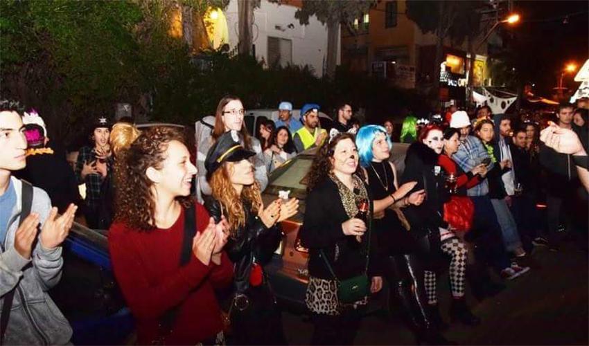מסיבת הרחוב במסדה בשנה שעברה. מצפים ל-2,000 חוגגים (צילום: בני אופיר)