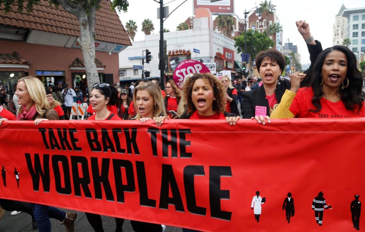 צעדת מי טו נגד פגיעה מינית במקומות עבודה (צילום: אי.פי)