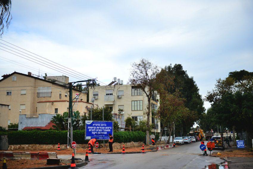 העבודות ברחוב שטרית (צילום: ניר בלזיצקי)