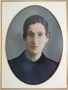 הסבתא תסיה (רפרודוקציה: חגית הורנשטיין)