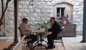 """הפגישה בין קפלון לרב דוד. """"לא הייתי איש פוליטי ונשארתי איש לא פוליטי"""""""