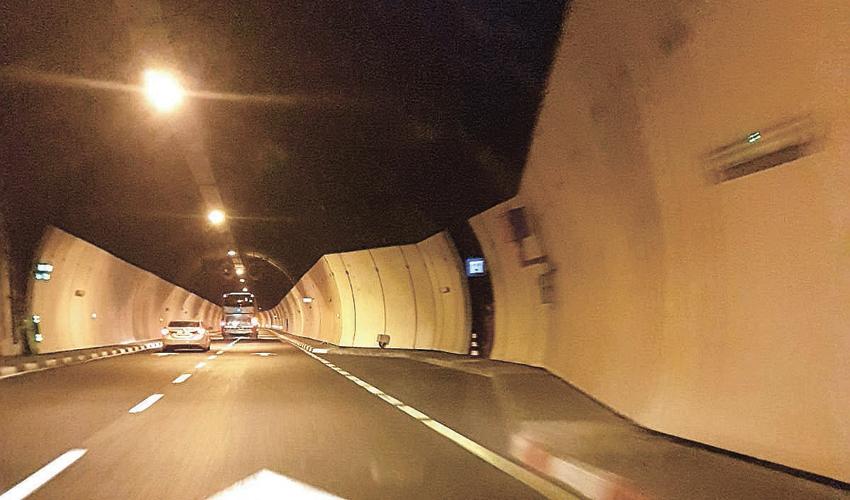 """מכמונת מהירות במנהרות הכרמל (צילום: עו""""ד גל מוטאי)"""
