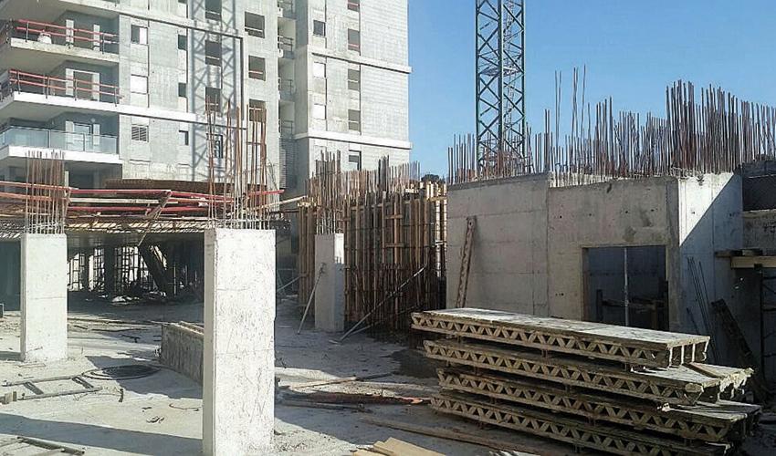 אתר בנייה (צילום: שרית נס)