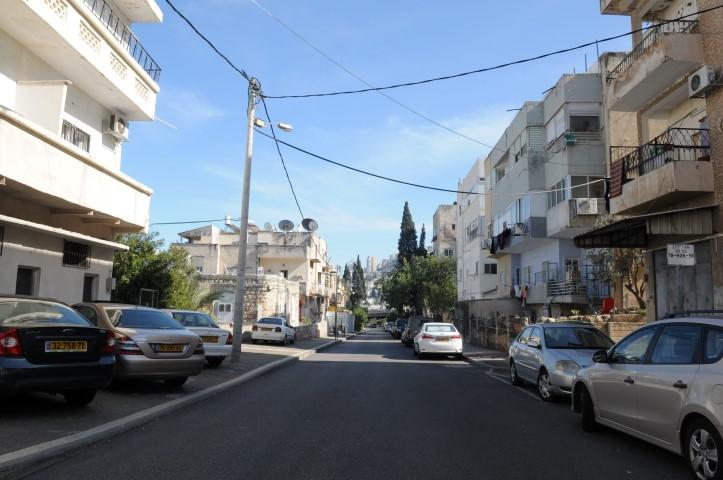 רחוב השומר בהדר (צילום: רמי שלוש)