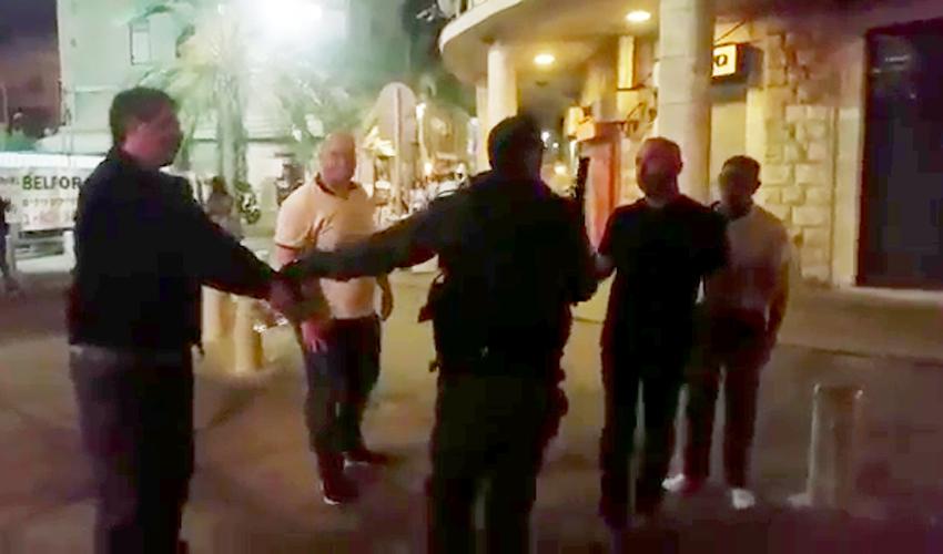מעצרו של ג'עפר פרח ביום שישי ברחוב נתנזון