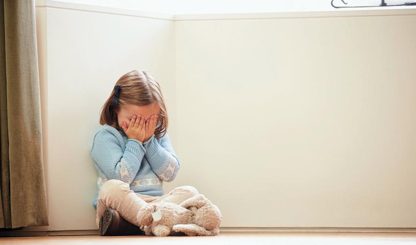 התעללות בילדים (צילום: א.ס.א.פ קריאייטיב/INGIMAGE)