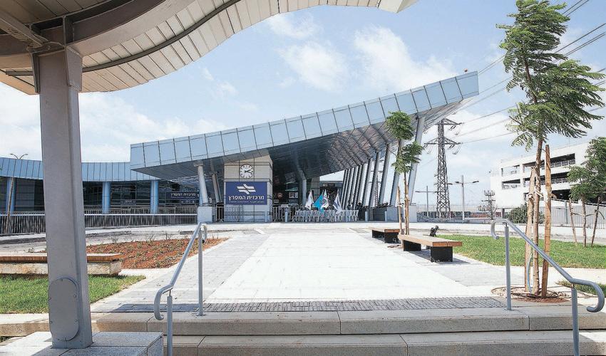 מרכזית המפרץ חדשה (צילום: דדי אליאס)