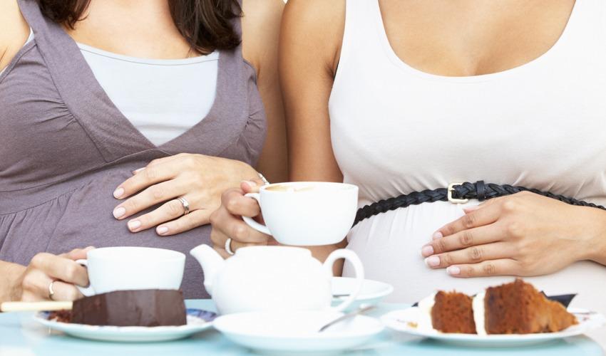 אמהות שותות קפה (צילום: א.ס.א.פ קריאייטיב/INGIMAGE)