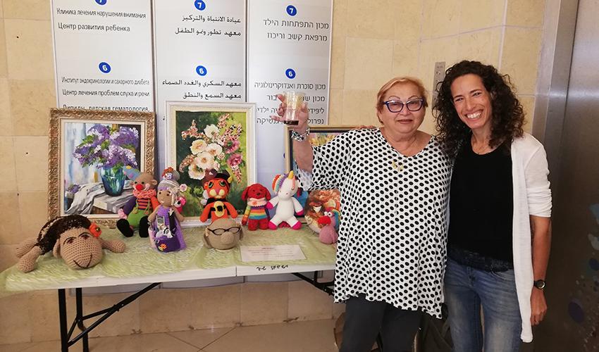 הדס חרדון ורבקה אייזנבנד (צילום: דוברות מכבי שירותי בריאות)