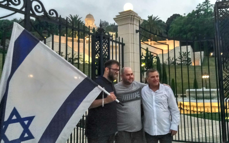 """ח""""כ אורן חזן וסגן ראש העיר שמשון עידו בהפגנה בכיכר אונסק""""ו"""