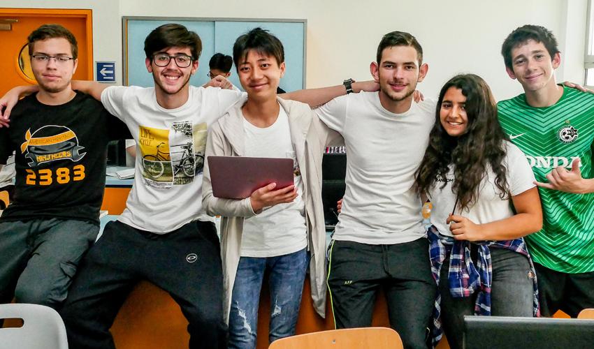 הקבוצה הזוכה ב-HaifaTeenTech (צילום: צבי רוגר)